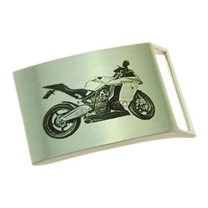 Beispiel Fotogravur Motorrad auf Gürtelschnalle