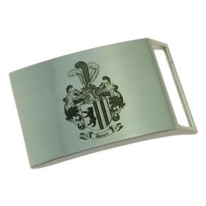 Beispiel Wappengravur auf Gürtelschnalle